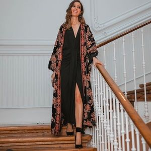 NWT ZARA Velvet Trim Kimono L Blogger's Favorite